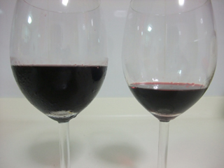 Volume difference between wine tasting and drinking